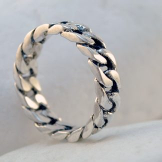 Silver Chain Ring by A.LeONDARAKIS